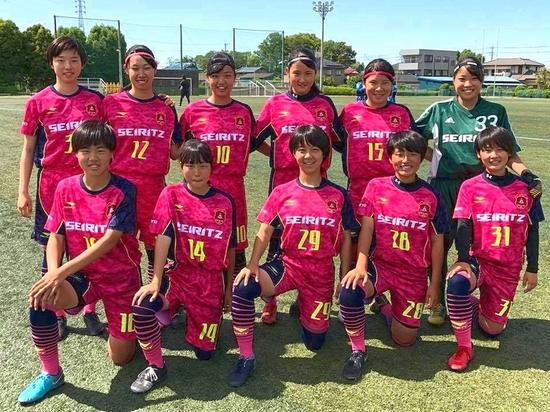f_soccer_1.jpg