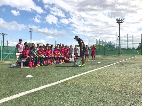 f_soccer_3.jpg