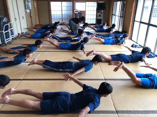 yoga181011_3.jpg