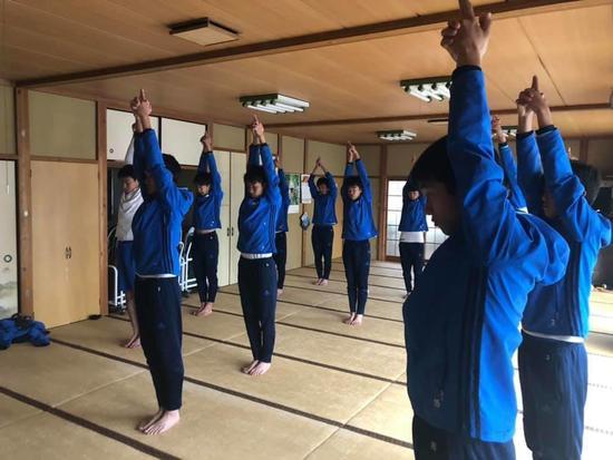 SC_yoga181218_3.jpg