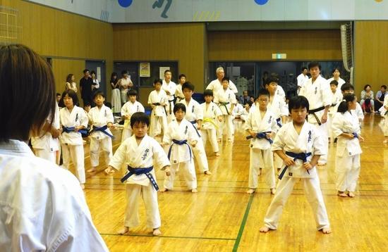 karate_181012_1.jpg